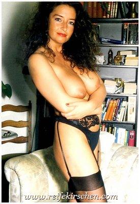 Strapse nackt frauen in reife Frauen in